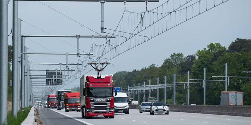 Así es la primera autopista eléctrica para camiones que han estrenado en Alemania