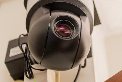 Una inmigrante pone una cámara oculta y pilla a su marido violando a su hija menor