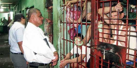 Tortura en Nicaragua: Los 15 métodos criminales del régimen de Daniel Ortega para acallar a la oposición