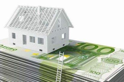 ¿Sabías que los altos precios de la vivienda ahuyentan a los inversores y hacen caer la ventas, pero sigue sin haber bajadas a la vista?