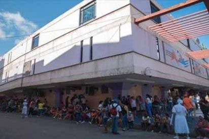 """Colas, pobreza y colapso, la cruda realidad que arropa a Cuba: """"¿Qué le doy de comer hoy a mi hijo?"""""""