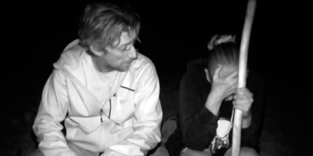 Isabel Pantoja entra en pánico al sentirse 'atacada' por cientos de cangrejos en plena noche