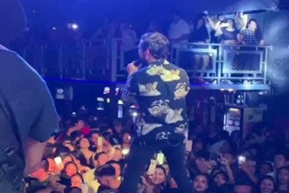 Este cantante peruano graba en pleno concierto el momento del sismo de 8,0 que se sintió en Perú, Ecuador, Brasil y Colombia