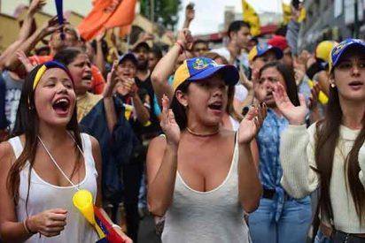 España entregará la residencia humanitaria a 50.000 venezolanos antes de 2020