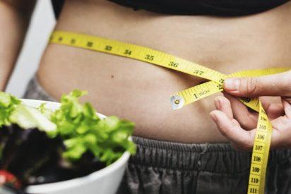 ¿Es cierto que a las mujeres les cuesta más perder peso que a los hombres?