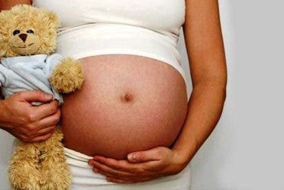 La exposición a la contaminación acorta el embarazo y reduce el tamaño del bebé