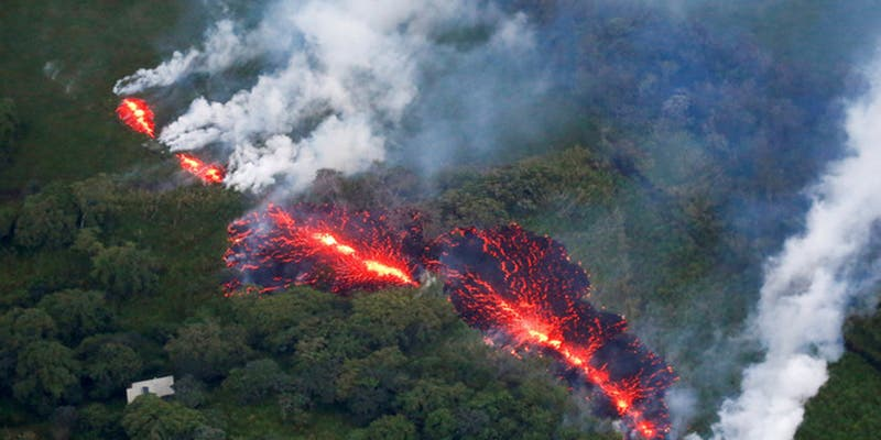 (VIDEO): Un dron registra las consecuencias de la erupción del volcán Kilauea en su primer aniversario
