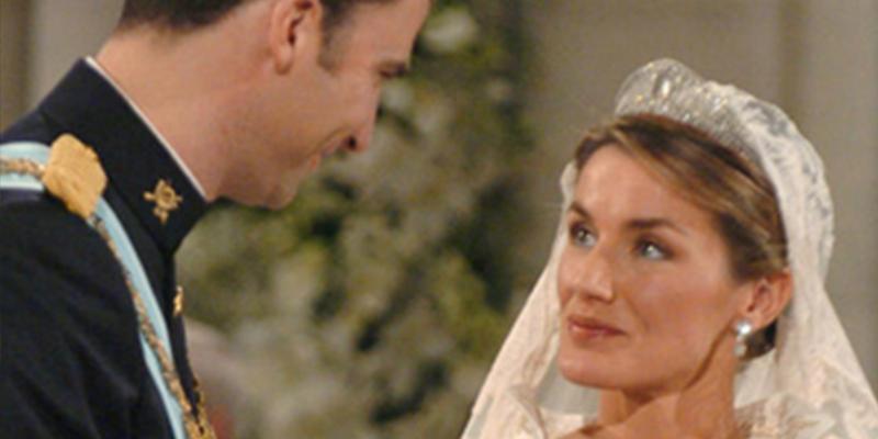 ¿Sabías que Letizia dudó si casarse un mes antes de la boda con Felipe?