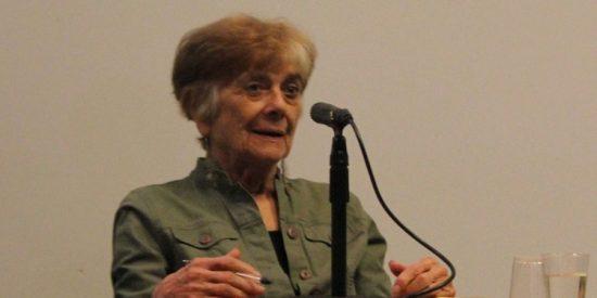 Quién es Frances Fox Piven: La mezcla de Carmena y Che Guevara detrás del nuevo socialismo millenial