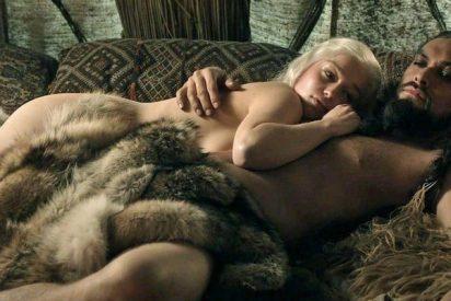 Emilia Clarke muestra el rostro pervertido de 'Game of Thrones':