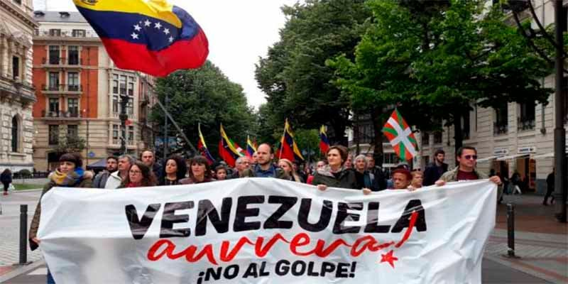 Podemos y los proetarras de Bildu se manifiestan en España a favor del dictador Maduro