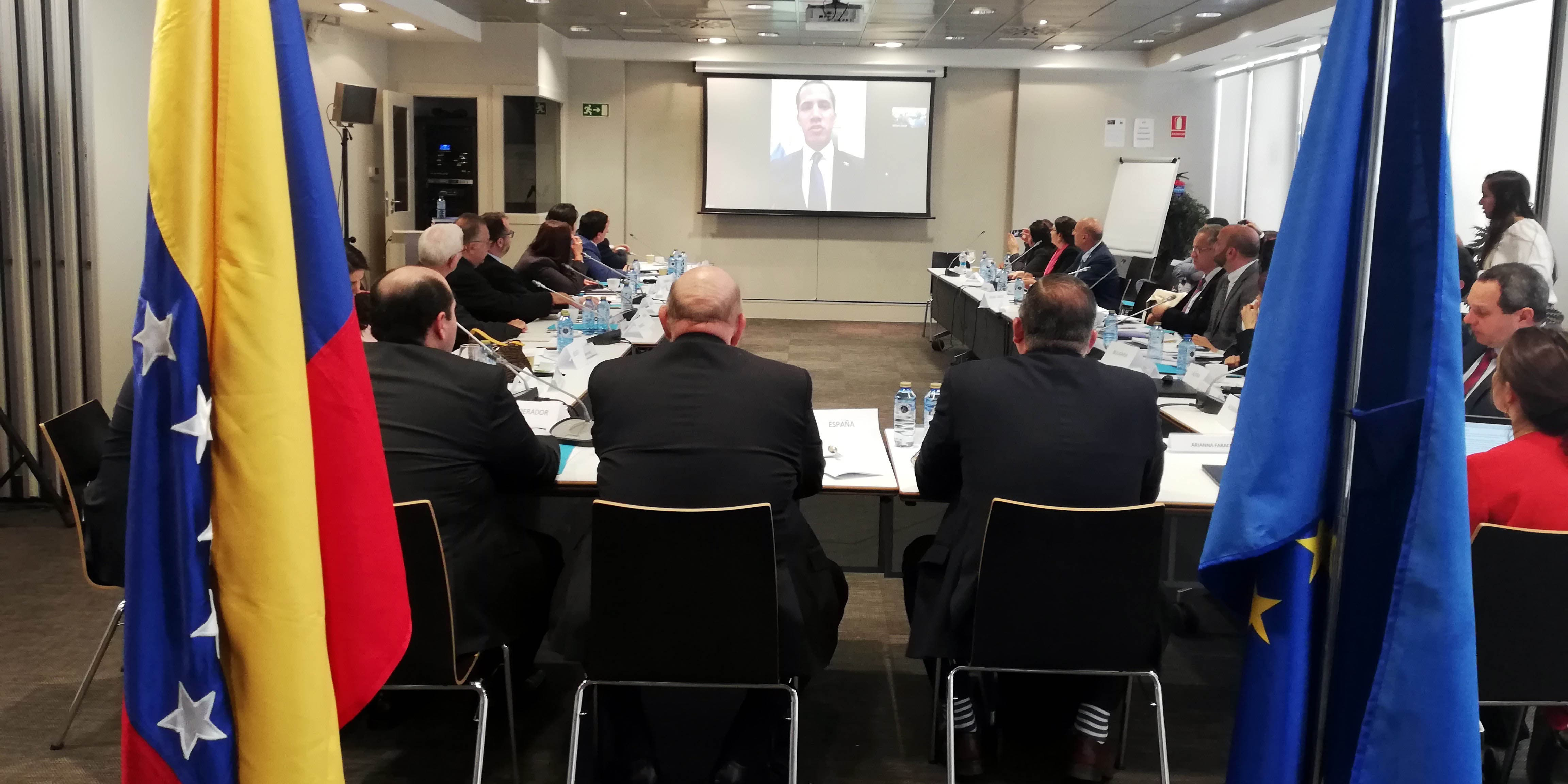 """Reunión entre Juan Guaidó y sus embajadores en Europa: """"La UE debe aprobar nuevas sanciones contundentes"""""""
