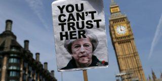 'The Times': La primera ministra Theresa May anunciará este viernes su renuncia