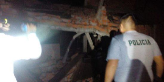Así intentan escapar estos delincuentes de una comisaría durante el fuerte sismo en Perú