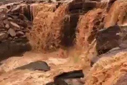 Insólito: Terribles Inundaciones arrasan varias zonas del desierto en Arabia Saudita