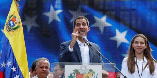 """William Cárdenas: Juan """"constitucional"""" Guaidó"""