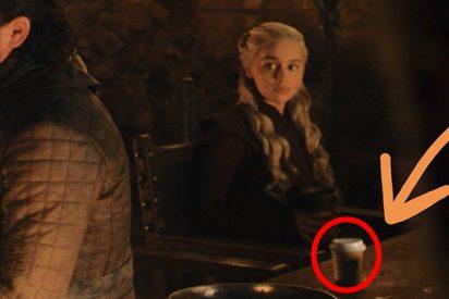 Los productores de 'Juego de tronos' piden disculpas por el vaso de Starbucks