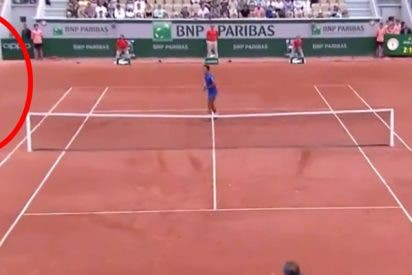 ¿Todavía nos has visto al juez de silla que deleitó al público de Roland Garros?