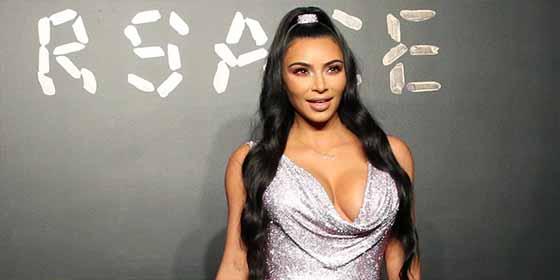 Kim Kardashian al natural: La pillan sin ropa interior en Los Ángeles