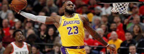El hijo de LeBron James revive una icónica jugada de su padre: