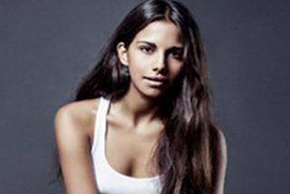 Así es Lola Orellana, la bella hija de Rosario Flores que ya ha cumplido 21 años