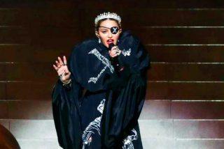 A Madonna le cae la del pulpo por desafinar como una gallina afónica en Eurovisión