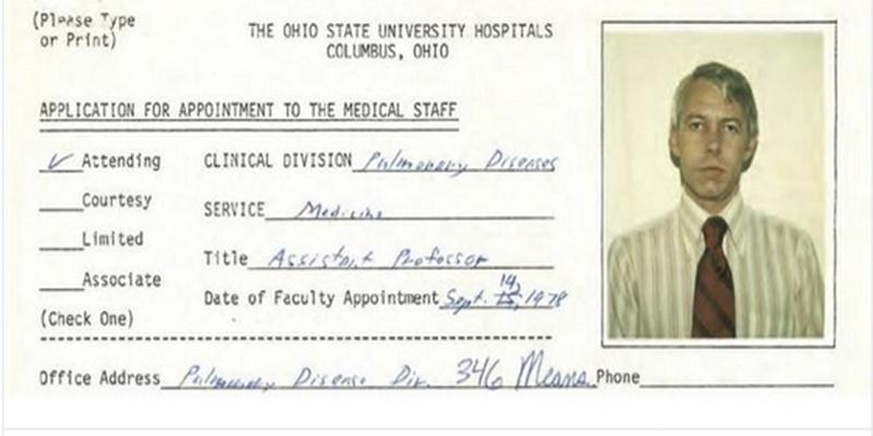 Este médico universitario abusó sexualmente de 177 estudiantes durante décadas y el centro lo sabía