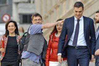 """Juan Carlos Monedero se pone como el bicho del pantano en Twitter con los vetos del """"pijo"""" Sánchez"""