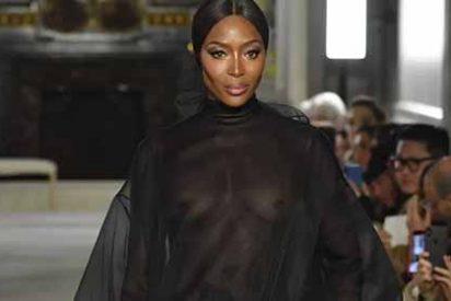 El nuevo desnudo de Naomi Campbell que paralizó hasta a los famosos, solo la cubre su cabello