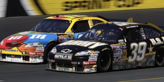 Esta carrera de la NASCAR acaba a puñetazos entre dos pilotos