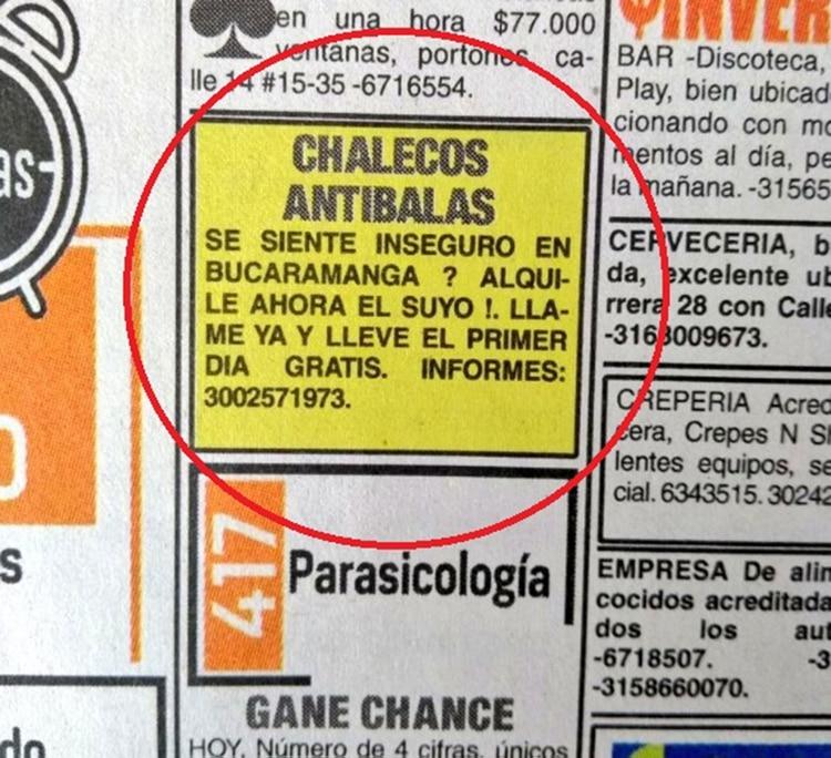 El perturbante anuncio en la prensa colombiana: Alquilamos chalecos antibalas