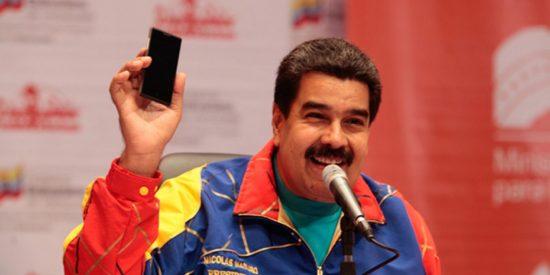 """El dictador Maduro reta a EEUU con una """"inversión inmediata"""" en Huawei, acusada por Donald Trump de espiar"""