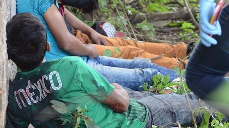 Indigente rocía con gasolina a un niño y lo quema vivo en mitad de la calle