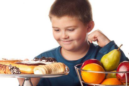 Los niños con obesidad presentan mayor rigidez arterial al final de la adolescencia, según un estudio