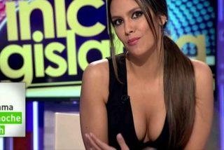 Cristina Pedroche 'se abre de piernas' en la tele