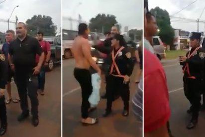 El mítico portero de Paraguay, José Luis Chilavert, casi a golpes con un chofer de bus