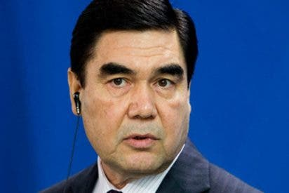 (VIDEO): ¿Todavía no has visto el rap que el presidente de Turkmenistán dedica a su caballo?