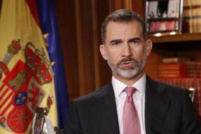 Atacan a la Casa Real con una grosera portada contra Felipe VI en calzoncillos y rascándose las bolas