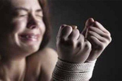 Un anciano maniata y viola durante dos días a su pareja en Murcia