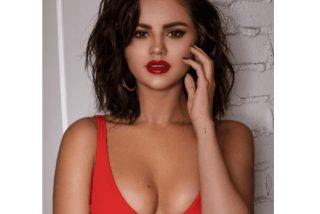 La triste evolución de Selena Gomez en sus posados en bikini