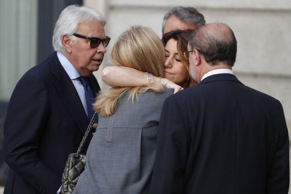 El mensaje privado de Susana Díaz tras la muerte de Rubalcaba hunde a Pedro Sánchez