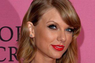 Taylor Swift quema Instagram con esta foto de espaldas, y sabemos por qué…