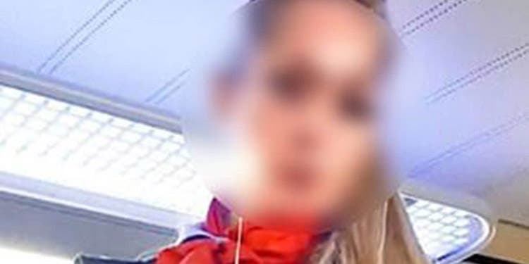 Despedida la guardia que grabó videos porno en un tren: Era una dominatriz que castigaba a quien no pagara