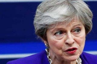 Theresa May se vuelve a marcar unos pasitos al son de Abba