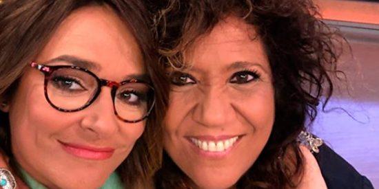 Toñi Moreno y Rosana 'pasean su amor' abrazadas por las calles de Madrid