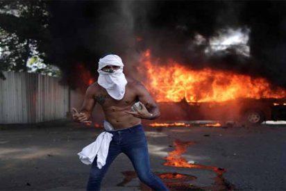 Las venas abiertas de Venezuela: héroes, verdugos, traidores y cómplices