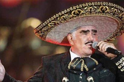 El rey de las rancheras Vicente Fernández rechaza un trasplante por temor a que el donante sea gay