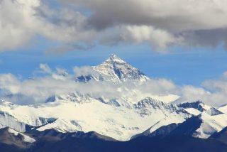 Instalan en el Everest la estación meteorológica más alta del mundo