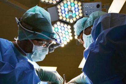 Cirujanos provocan un incendio en el pecho de un paciente