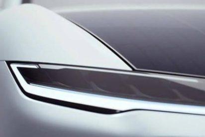 Este coche eléctrico con paneles solares en el techo saldrá pronto a la venta